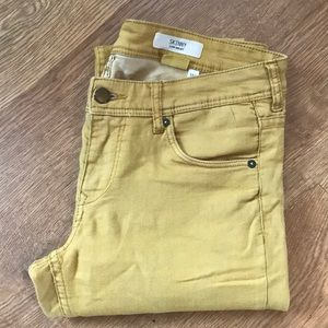 Mustard yellow jeans. Size 31